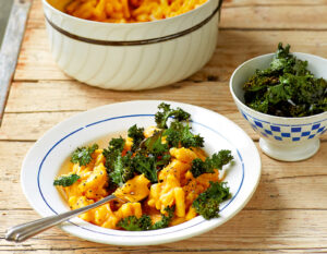 Macaro-No Cheese with Crispy Kale from Keep It Vegan by Áine Carlin
