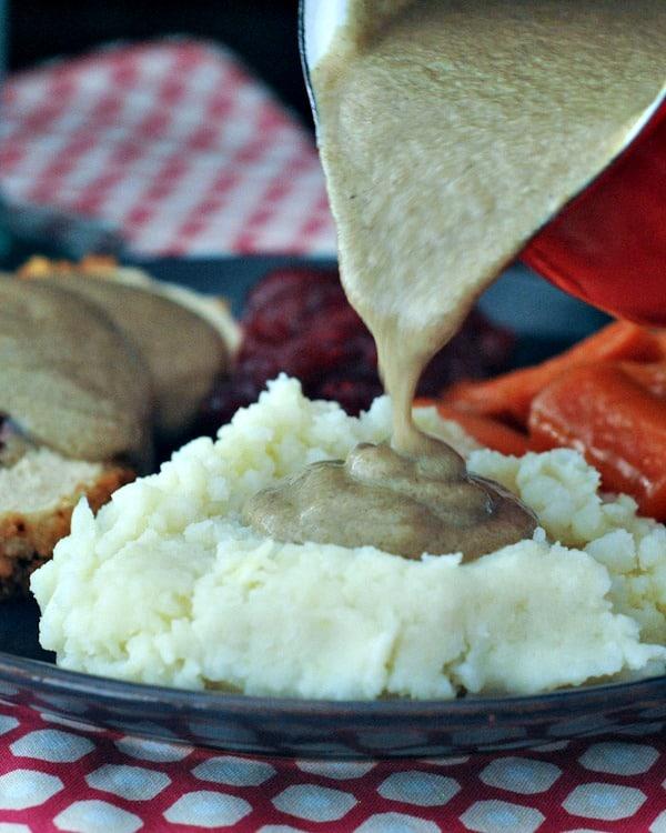 Spabettie's Savory Shiitake Rosemary Gravy
