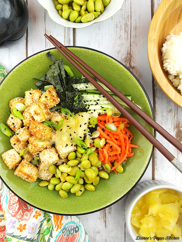 Vegan Sushi Bowl with Sesame-Crusted Tofu from The Veginner's Cookbook by Bianca Haun & Sascha Naderer >> Dianne's Vegan Kitchen