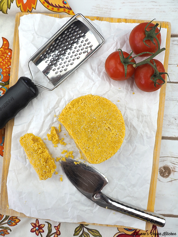 Macadamia Parmesan (vegan)