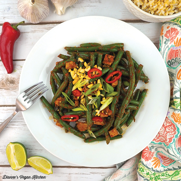 Thai-Style Red Curry Green Beans square