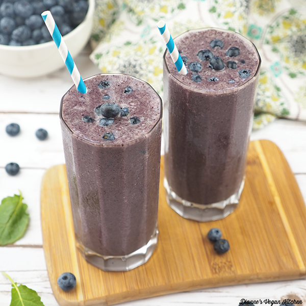 Vegan Vanilla Blueberry Smoothie