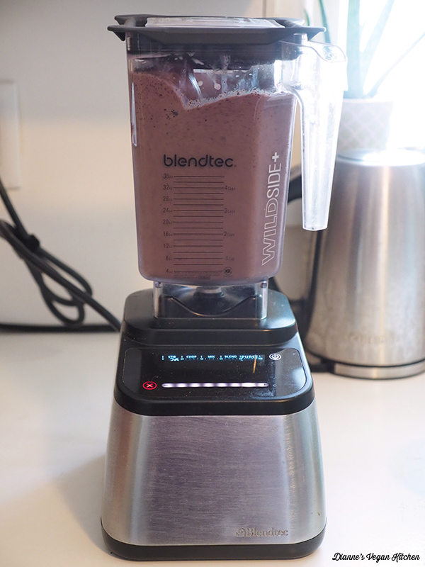 Vegan Vanilla Blueberry Smoothie blending