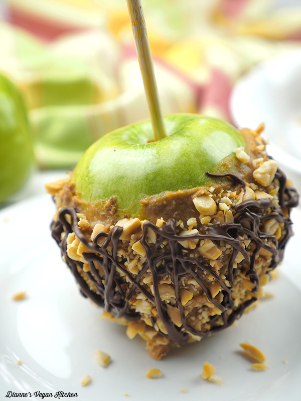 close up of a finished Vegan Caramel Apple