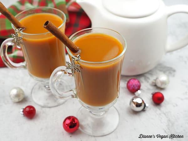 Gingerbread Tea Latte horizontal