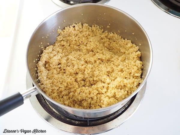 cooked quinoa in pot
