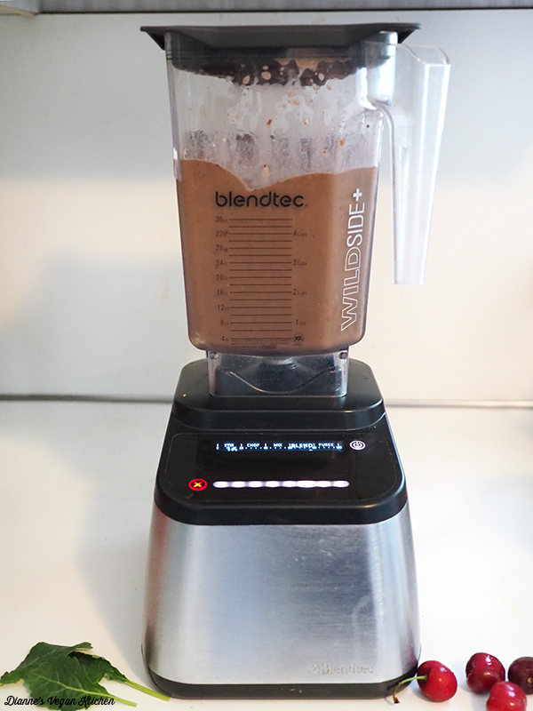 blending smoothie in Blendtec