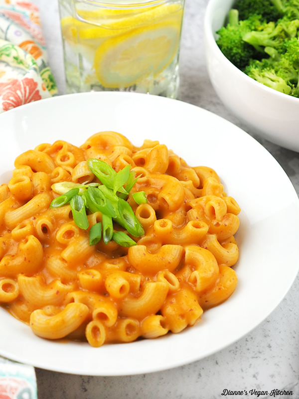 close up of vegan macaroni and cheese