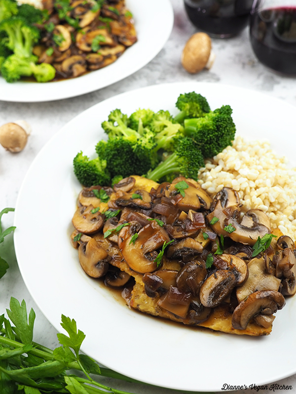 Tempeh Marsala close up
