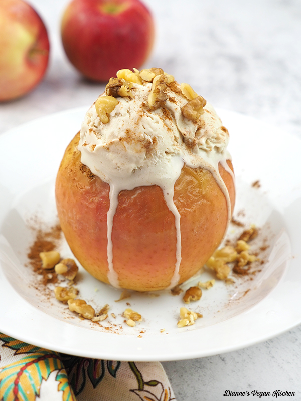 baked apples with scoop of ice cream