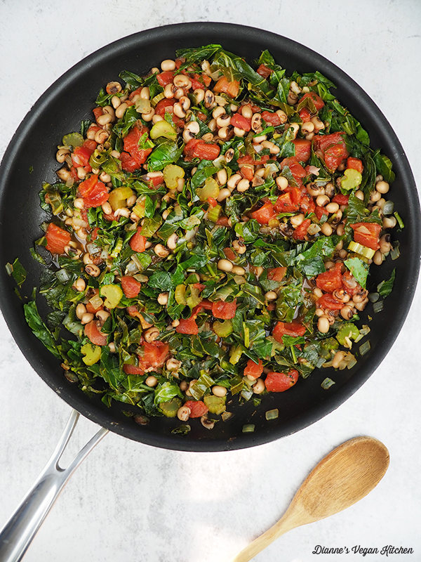 pan of vegetables and beans