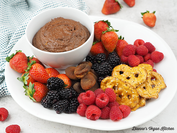 chocolate hummus with fruit horizontal