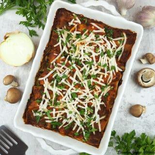 Spinach Mushroom Lasagna in pan square