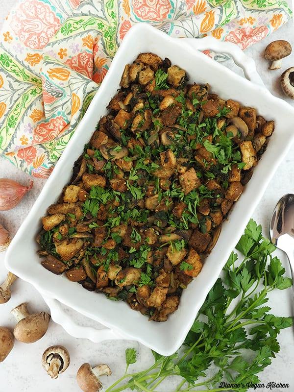 overhead casserole dish of spinach mushroom stuffing
