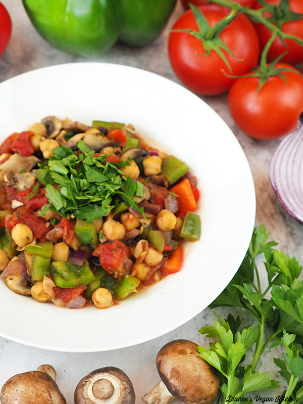 bowl of chickpea cacciatore with vegetables
