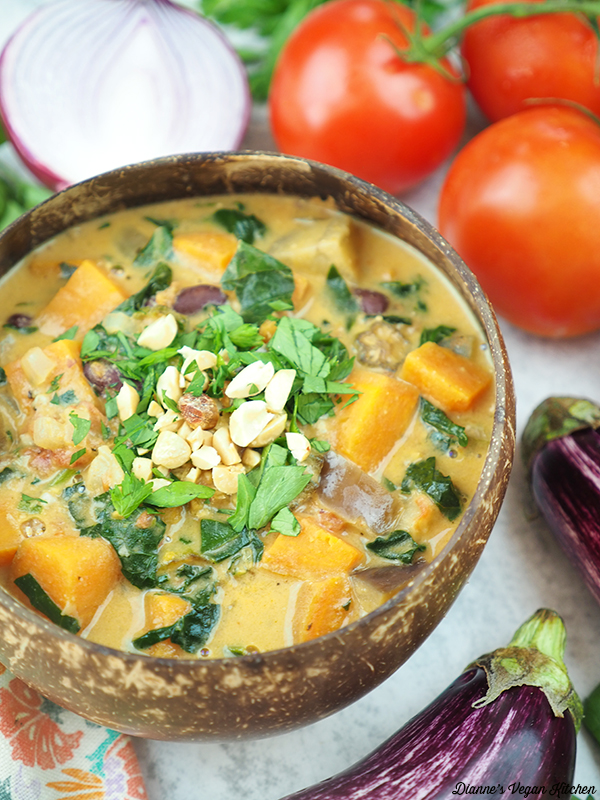 groundnut stew with garlic, eggplant, and tomatoes
